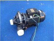 <p>J series pump, this pump uses the same motor and bracket of the older Argonaugt pumps.&nbsp;<br />Please contact us if you need to replace a pump like this.<br /><br /></p>